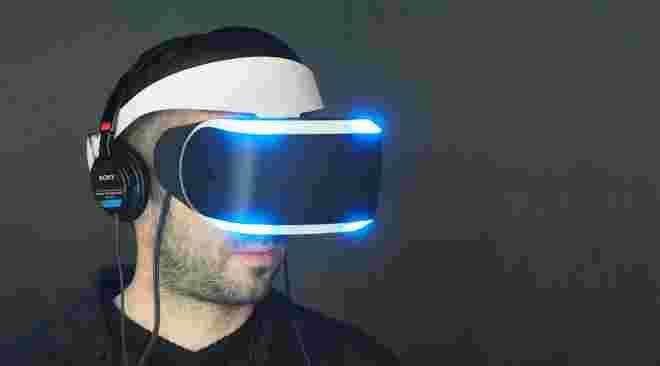 project-morpheus-sony-ps4-vr-shlem